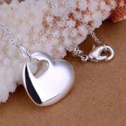 """Moteriškas sidabruotas papuošalas """"Širdis"""""""