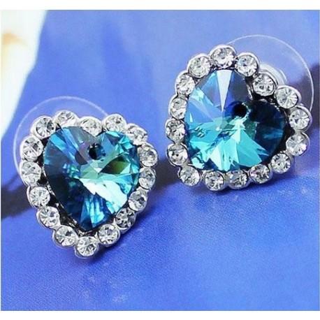 Mėlyni auskarai širdelės