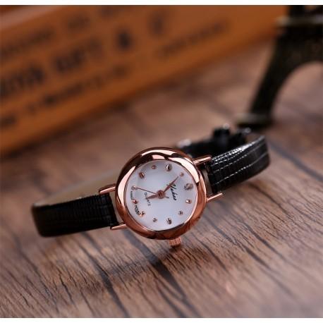 Juodas moteriškas laikrodis