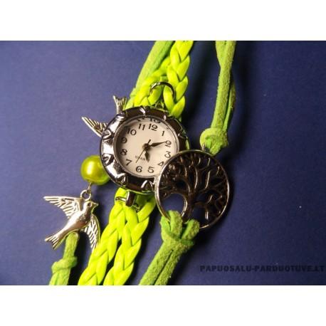 """Moteriškas laikrodis """"Pavasario žaluma"""""""