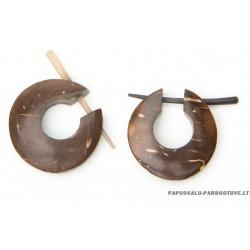 U formos perveriami kokoso auskarai